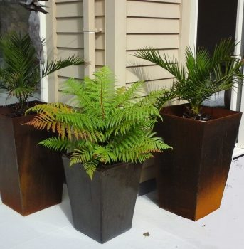 Tapered Planters 475x325x750